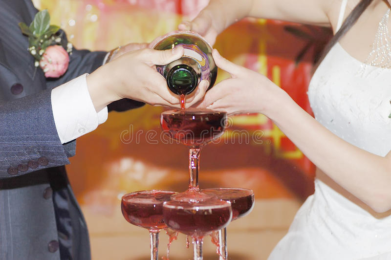 Champagne no casamento imagens de stock royalty free