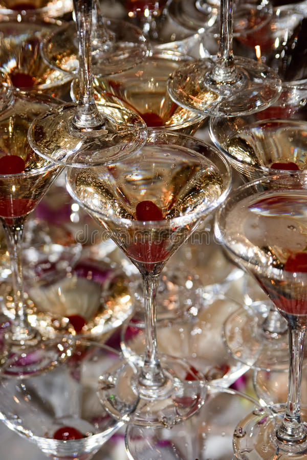 Champagne nos vidros fotografia de stock