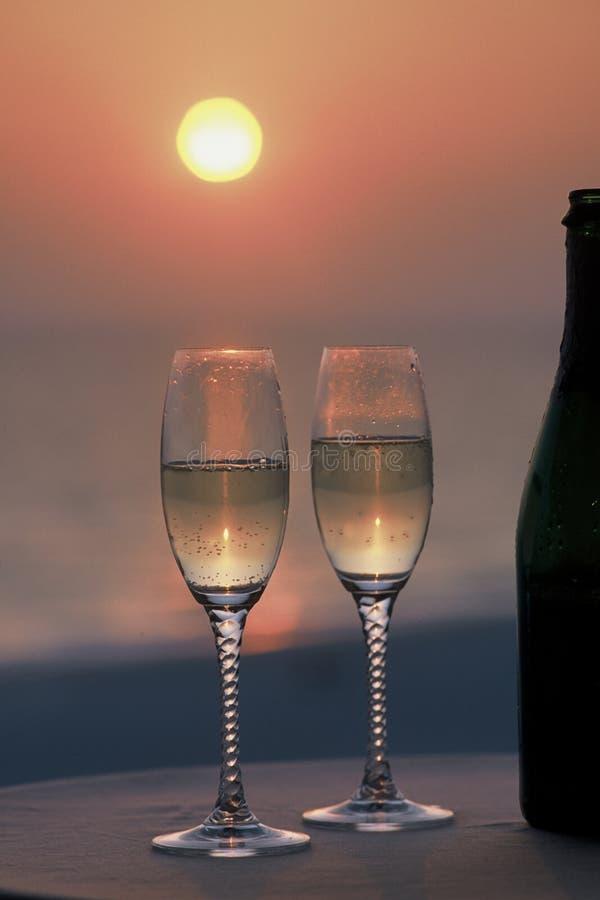 Champagne pour deux photographie stock libre de droits