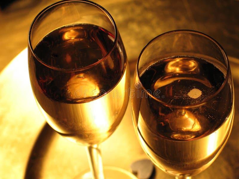 Champagne-Toast lizenzfreie stockbilder