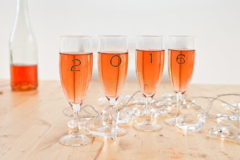 Champagne voor Nieuwjaar royalty-vrije stock fotografie