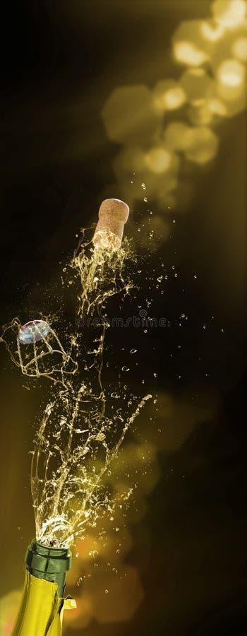 Champagnekorkfluga, mousserande vinfärgstänk, nytt år royaltyfri bild