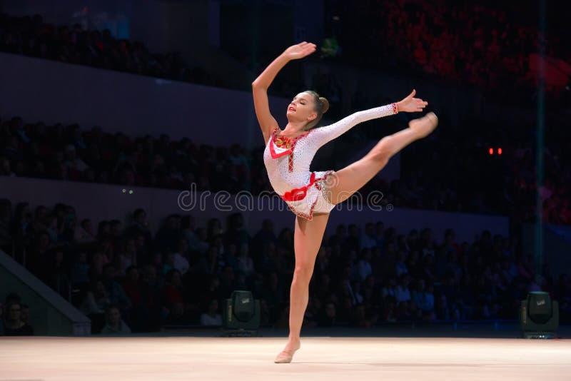 Champion multiple Dina Averina de gymnastique rythmique photographie stock libre de droits