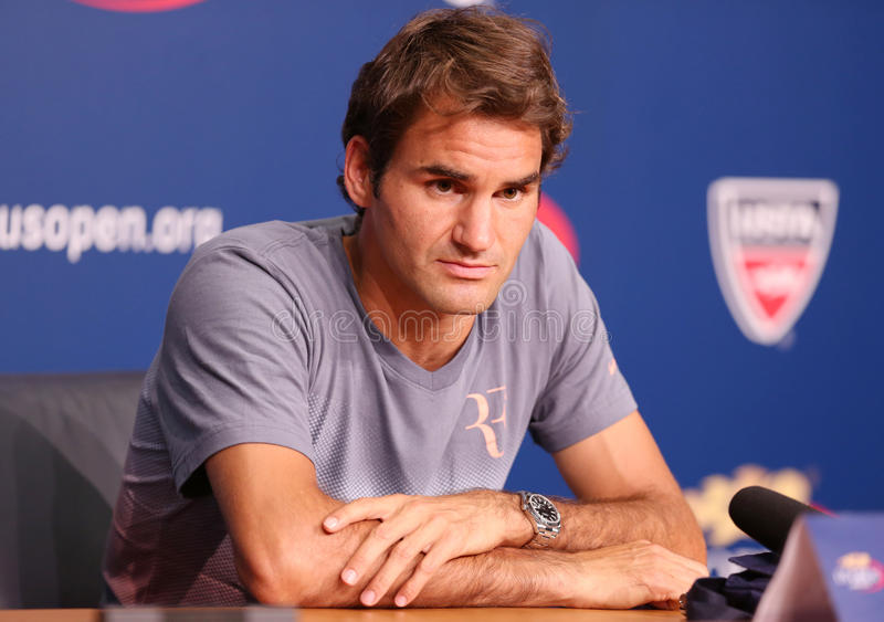 Champion Roger Federer de Grand Chelem de dix-sept fois pendant la conférence de presse chez Billie Jean King National Tennis Cent photo stock