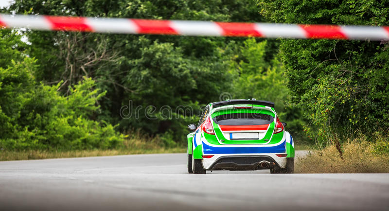 Championnat et voiture de course de rassemblement images stock