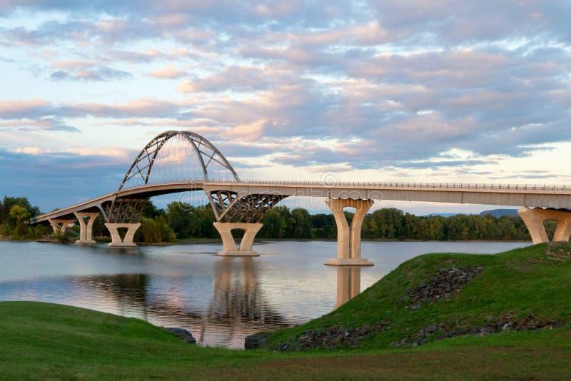 Champlain Brücke lizenzfreie stockfotografie