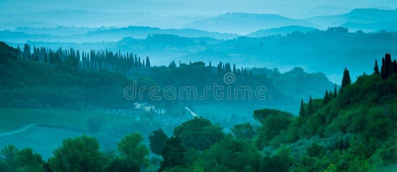 Champs en Toscane photos stock
