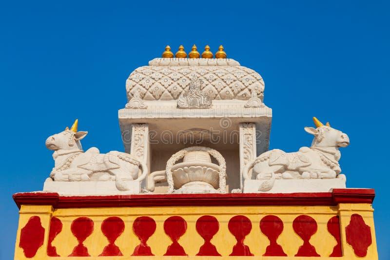 Chamundeshwari tempel i Mysore, Indien arkivbilder
