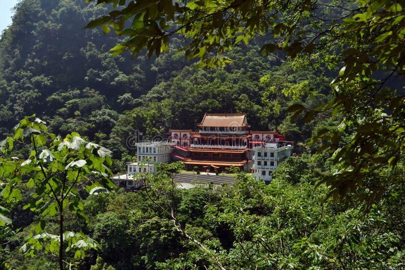 Chan Guang Temple in het midden van het Nationale Park van Taroko stock fotografie