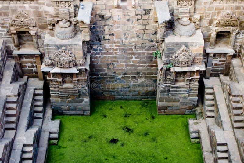 Chand Baoli Stepwell stock afbeeldingen