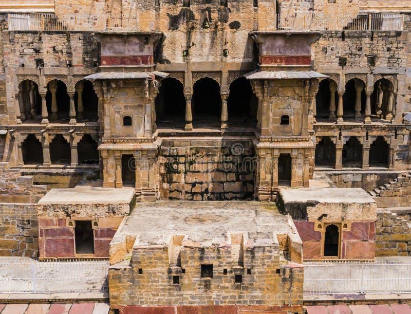 Chand Baori, stepwell στο χωριό Abhaneri, Rajasthan, Ινδία στοκ εικόνα με δικαίωμα ελεύθερης χρήσης