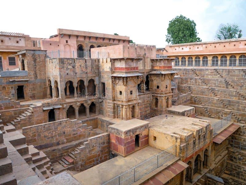 Chand Baori Stepwell, Jaipur, Rajasthan, Índia imagem de stock royalty free