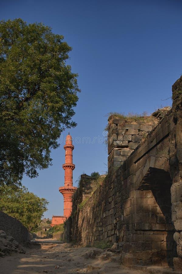 Chand Minar lub księżyc wierza jest średniowiecznym wierza Daulatabad, także znać jako Devagiri czternastego wieka fort blisko Au zdjęcia royalty free