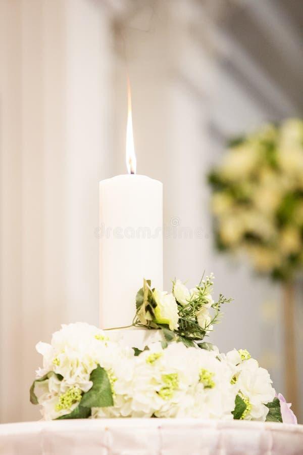 Chandelier de mariage image libre de droits