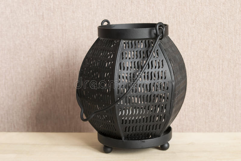 Chandelier noir en métal image stock