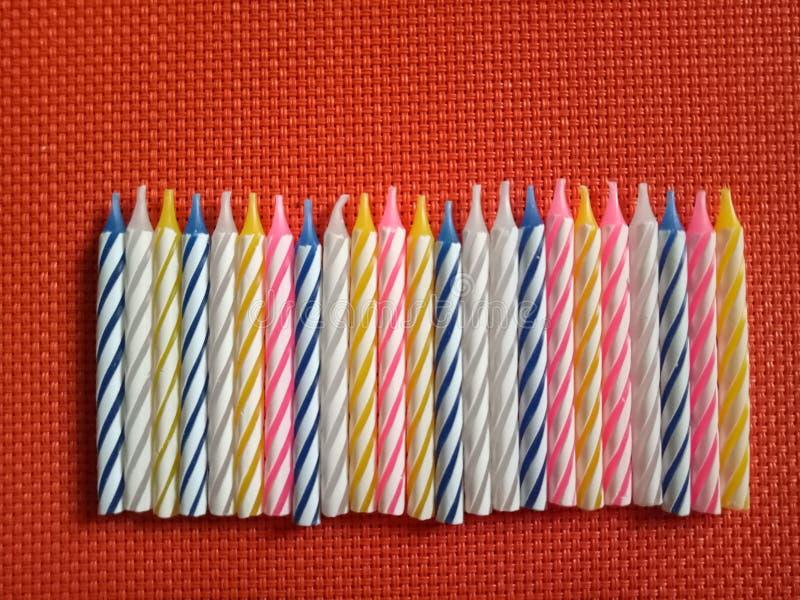 Chandeliers colorés d'anniversaire image libre de droits