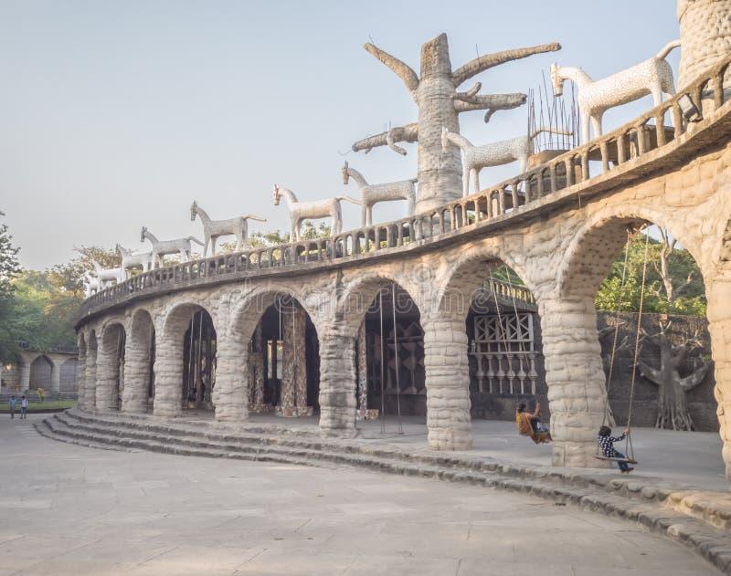 Chandigarh (Inde); 5 novembre 2019 : Les gens profitent du jardin de rock à Chandigarh, en Inde images stock