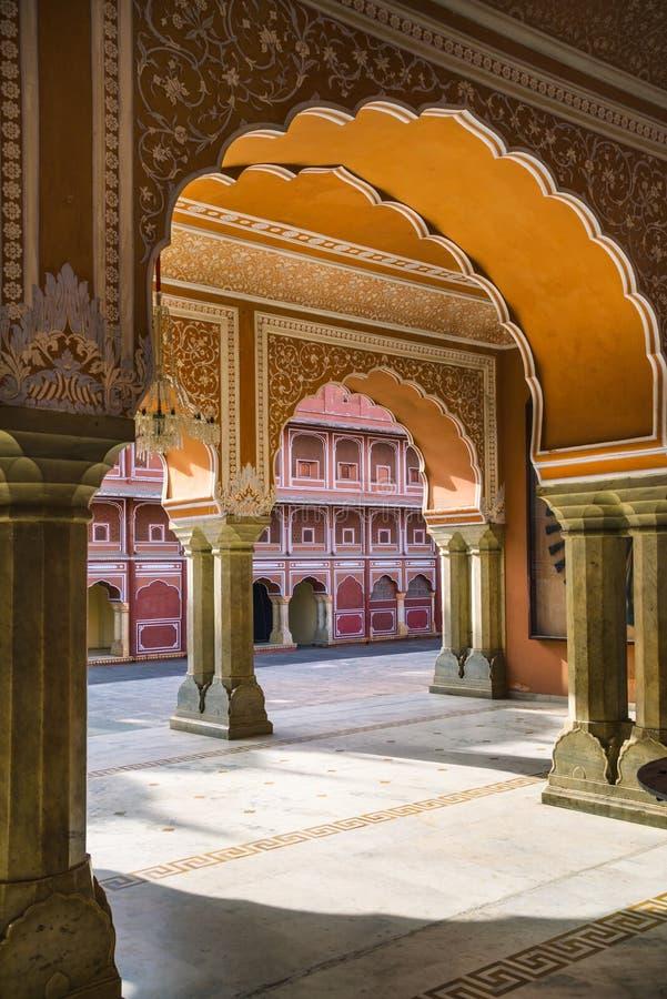 Chandra玛哈尔博物馆,桃红色城市的,斋浦尔,印度城市宫殿 库存图片