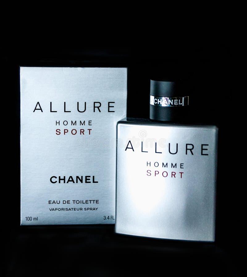 Chanel Allure Homme Sport, das Parfüm der Männer, Eau de Toilette lizenzfreies stockbild