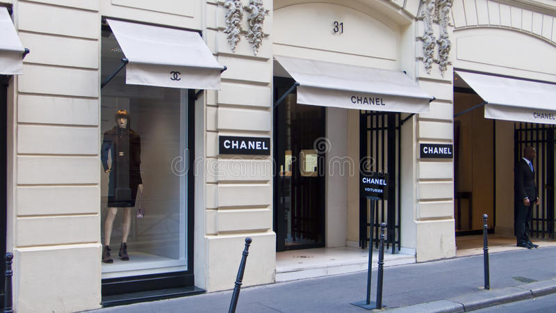 Chanel butik przy Rucianym Cambon paris Francja zdjęcia stock