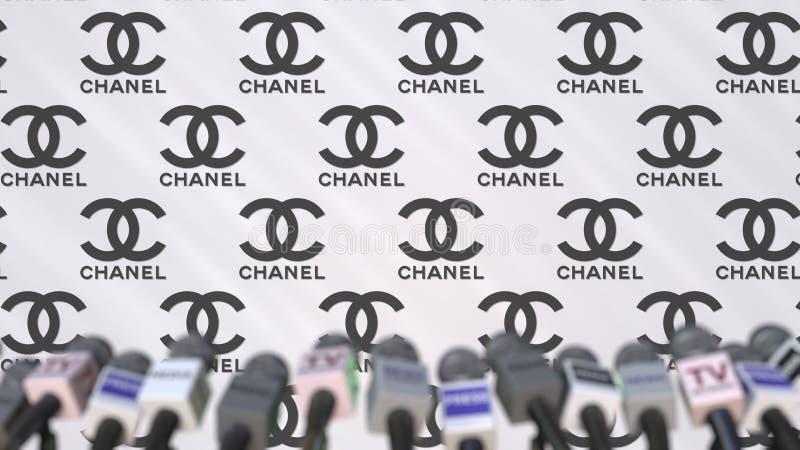 CHANEL företagspresskonferens, pressvägg med logo och mics, begreppsmässig redaktörs- tolkning 3D royaltyfri illustrationer