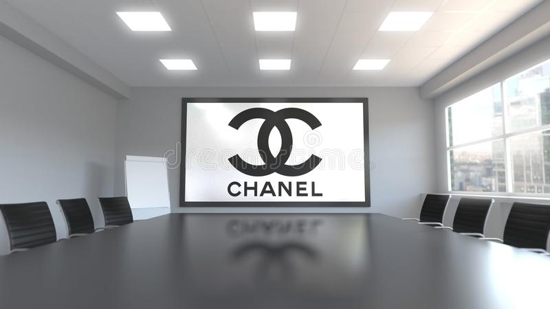 Chanel logo på skärmen i en mötesrum Redaktörs- tolkning 3D vektor illustrationer