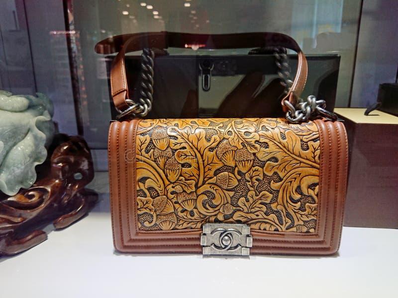 Chanel-zakken bij venstervertoning royalty-vrije stock fotografie