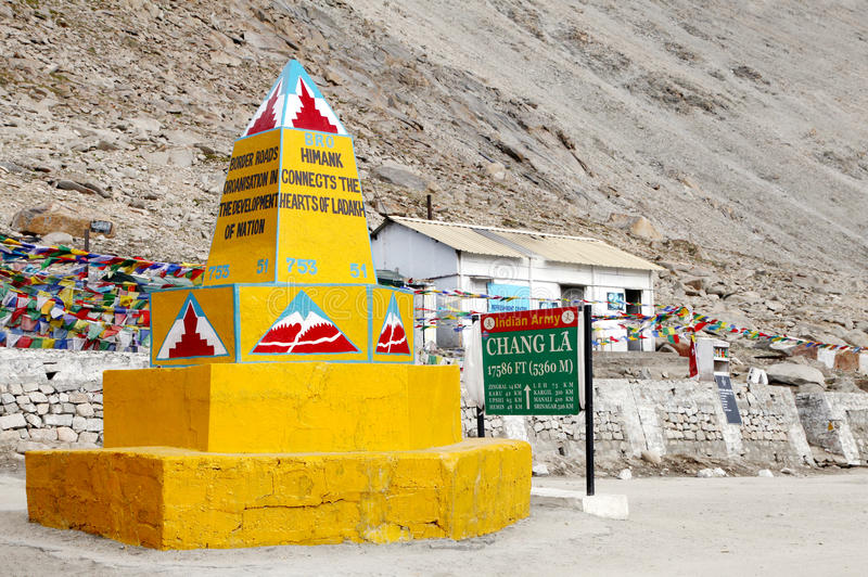 Chang La(pass) is the third highest motAt the top of the third highest motorable road in the world, Chang lrable road in the world. Chang La(pass) is the third royalty free stock image