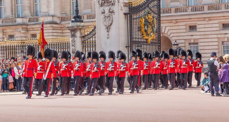 Changement de la garde à Londres image libre de droits