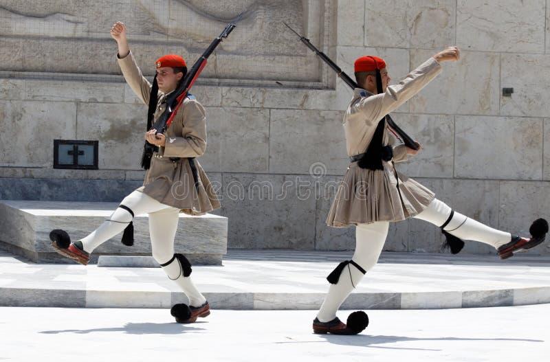 Changement des dispositifs protecteurs Athènes image stock