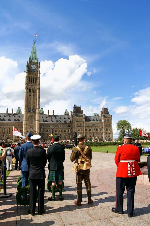 Changement du dispositif protecteur à Ottawa, le Canada photos libres de droits