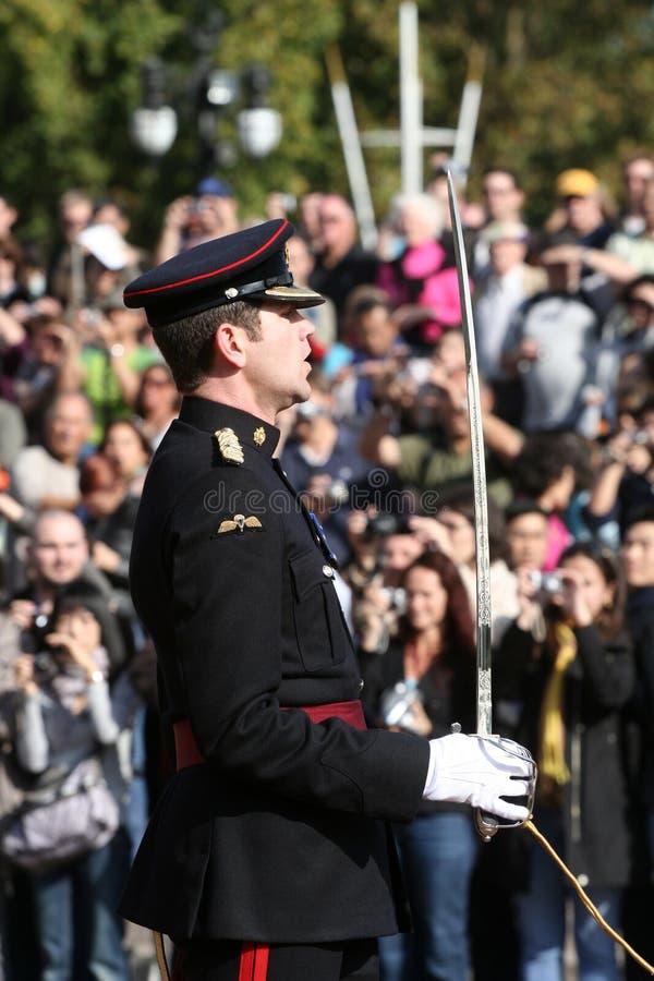 Changement du dispositif protecteur au Buckingham Palace image stock