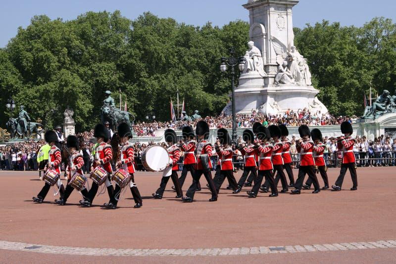 Changement du dispositif protecteur. Londres photo libre de droits