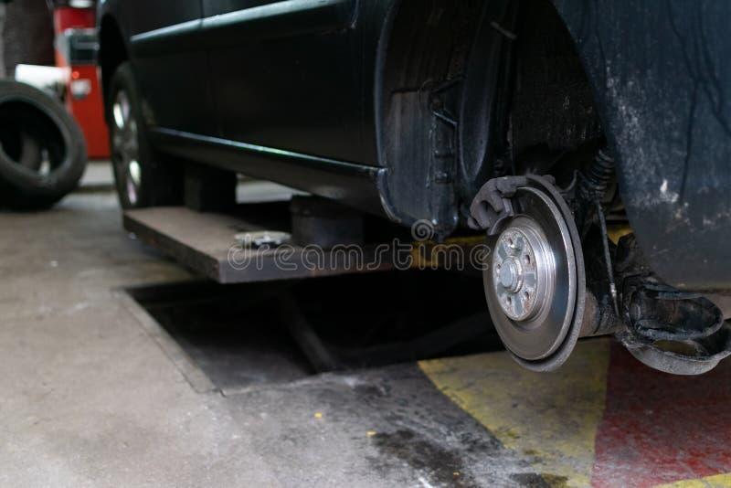 Changement saisonnier de pneu images stock