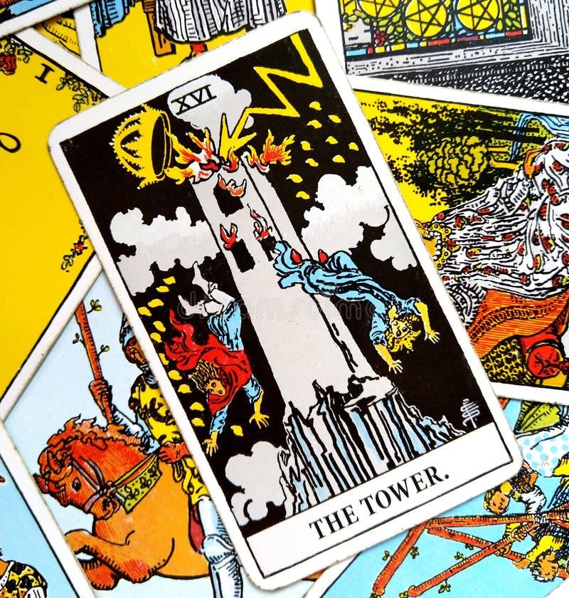 Changement soudain et inattendu de la carte de tarot de tour, bouleversement, destruction, ruine, catastrophe illustration libre de droits