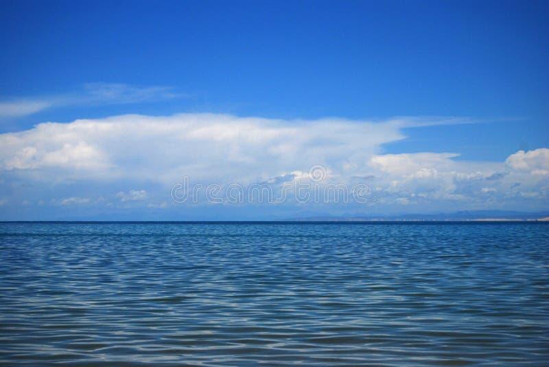 changez le lac de couleur photo libre de droits