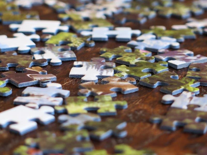 changez le puzzle facile des parties eps8 de couleurs remettant à la côte le vecteur photos stock