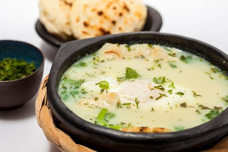 Changua: Παραδοσιακά κολομβιανά κυνήγησε λαθραία σούπα αυγών στοκ εικόνες με δικαίωμα ελεύθερης χρήσης