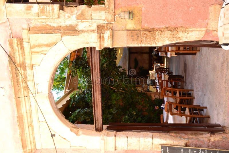 Chania öppen-luftar cafes royaltyfria foton