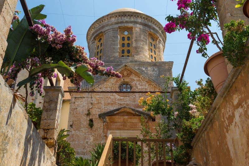 Chania, Grecia - agosto de 2017: Monasterio de Agia Triada Tzagaroli en la región de Chania en la isla de Creta, Grecia foto de archivo