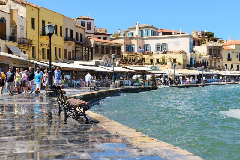 CHANIA, KRETA - September 09, 2013: Strandboulevard in de Oude stad van Chania, Griekenland Chania is de tweede - grootste stad v royalty-vrije stock foto