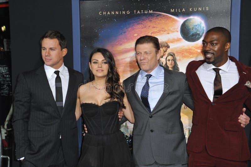 Channing Tatum & Mila Kunis & Sean Bean & David Ajala fotos de stock