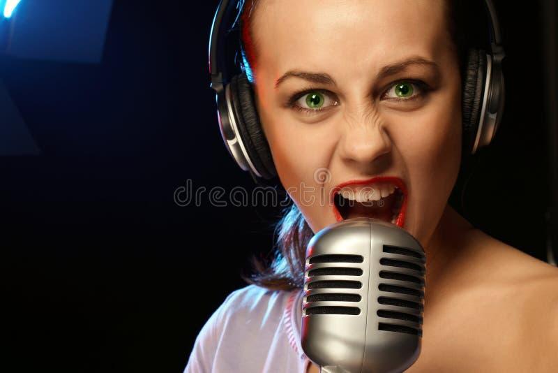 Chant de femme image libre de droits