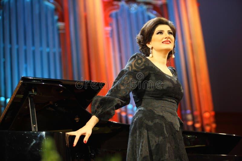 Chanteur de Dinara Aliyeva. Concert de musique classique dans le conserv de Moscou images libres de droits