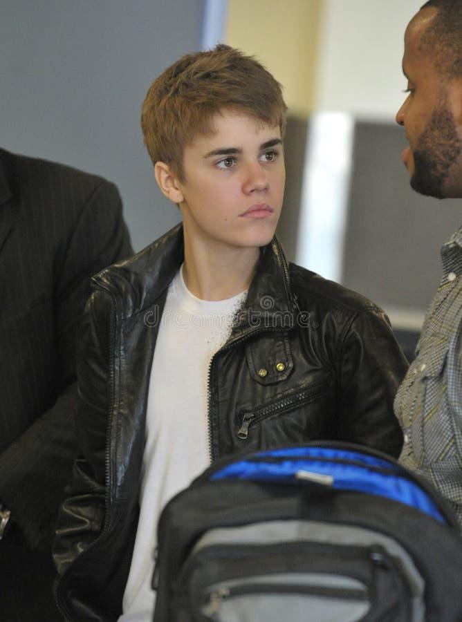 Chanteur Justin Bieber à l'aéroport de LAX. photo stock