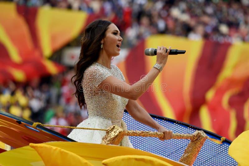 Chanteur russe Aida Garifullina d'opéra exécutant à l'ouverture photos libres de droits