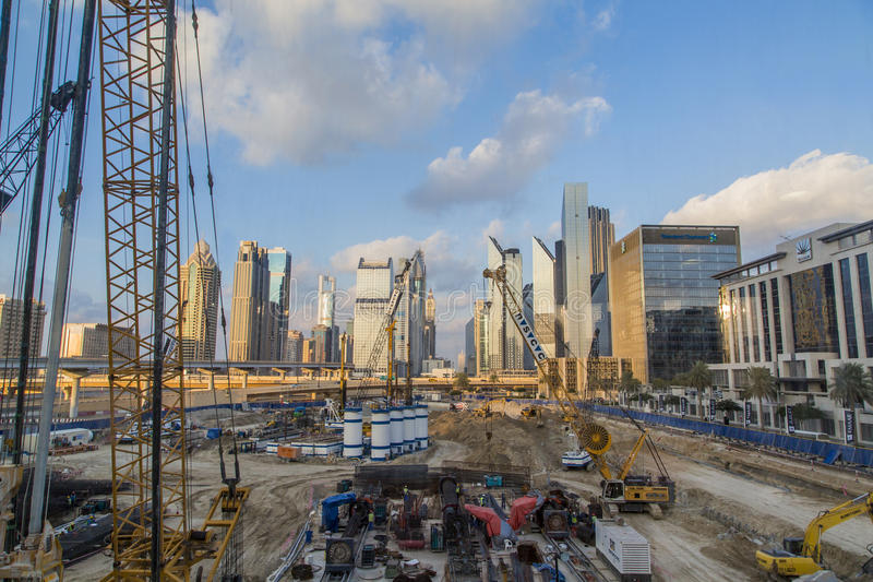 Chantier de construction à Dubaï photographie stock libre de droits