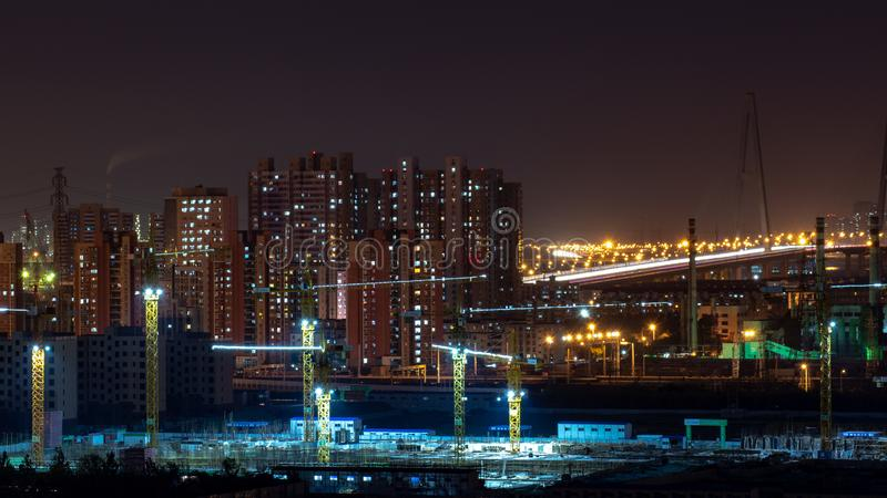 Chantier de construction dans une ville photographie stock