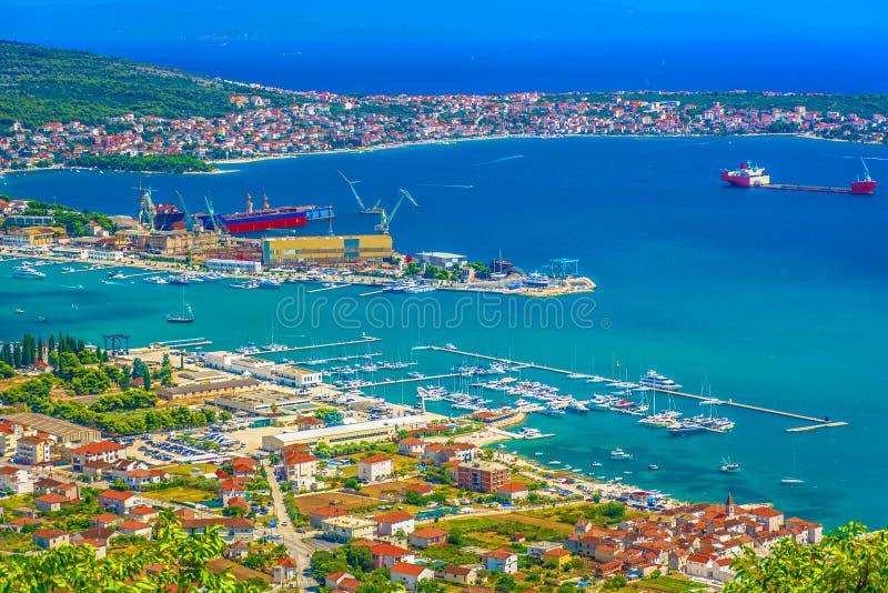 Chantier naval dans Trogir la Riviera, Croatie photos stock