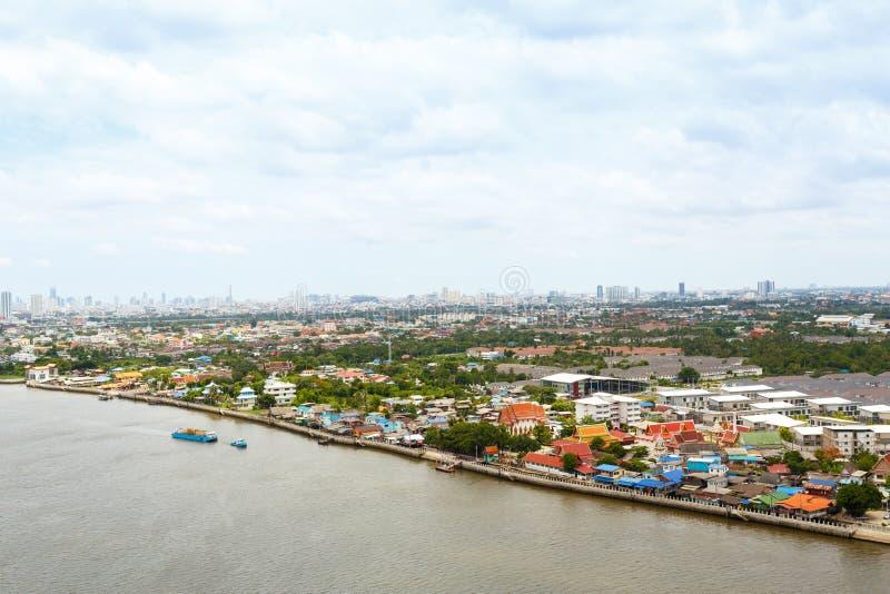 Chao Phraya flodBangkok cityscape Thailand arkivfoto